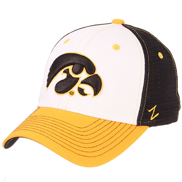 Iowa Hawkeyes Threepeat Cap